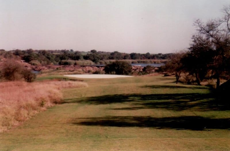 KAMBAKU GOLF CLUB KOMATIPOORT NEW CLUB HOUSE 03