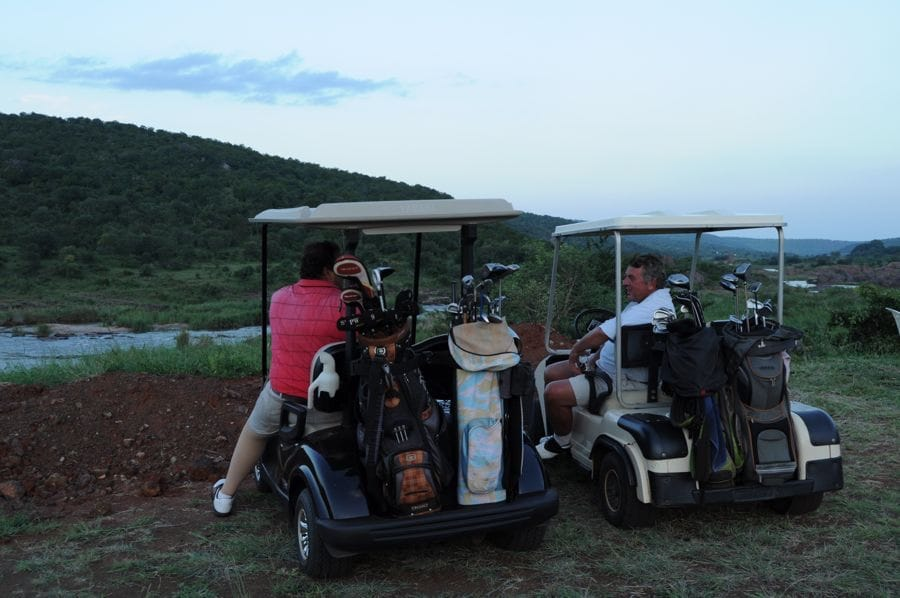 KAMBAKU GOLF CLUB KOMATIPOORT SUNDOWNER 01